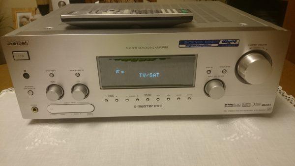 Sony STR-DB2000QS przód